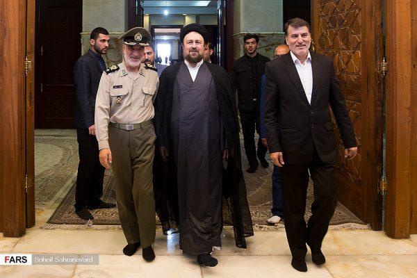 تجدید میثاق فرمانده کل ارتش با آرمان های امام خمینی(ره) و شهدا